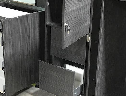 black worktop maximum storage